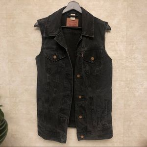 Levi's oversized denim vest